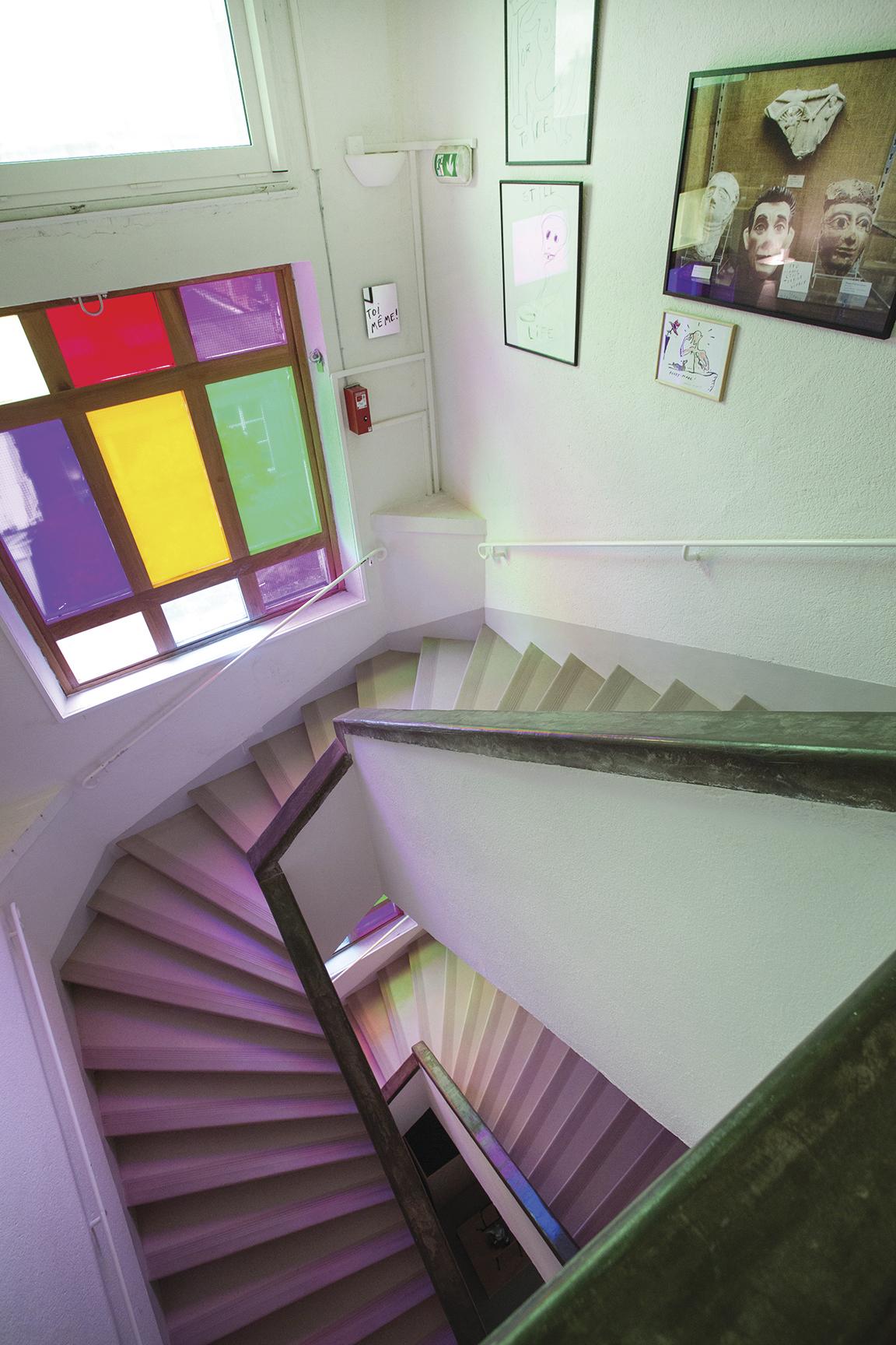 le grand escalier fondation du doute. Black Bedroom Furniture Sets. Home Design Ideas